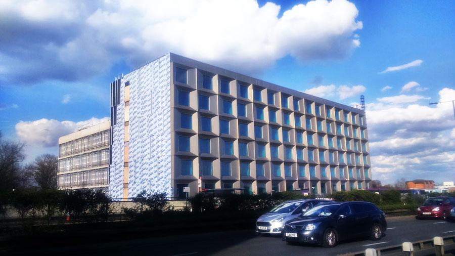 MONTEX Montajes Industriales y Soldadura - Montaje Fachada Muro Cortina Vidrio Hotel